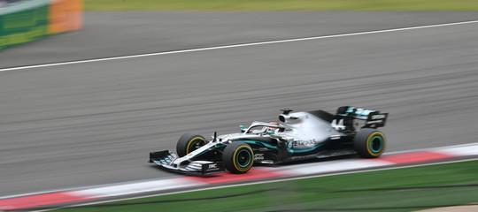 F.1 Hamilton vince Gp Cina terzoVettel
