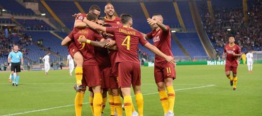 ChampionsLeague: Juventus-YoungBoys 3-0, Roma-Plzen 5-0