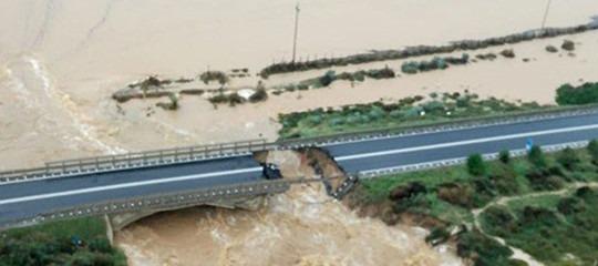 Perché è crollato il ponte di Capoterra a Cagliari