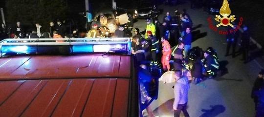 7 feriti della strage di Ancona sono in coma farmacologico. Il locale costretto a chiudere isocial