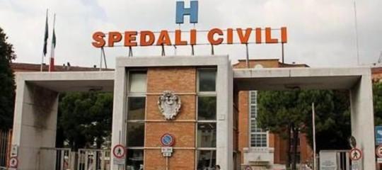 Un neonato è morto in ospedale a Brescia per un'infezione non identificata