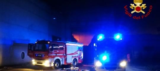 Incendio discarica Roma