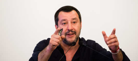 ultras ajax fermati salvini