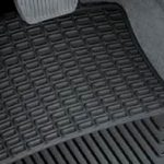 Come scegliere i migliori tappetini per la propria auto