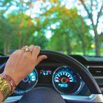 La corretta manutenzione dei cristalli per auto